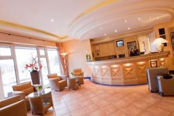 Best Western Premier Alsterkrug Hotel - Front-Office