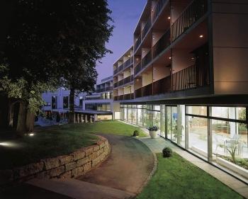 FAVORITE Parkhotel - Service