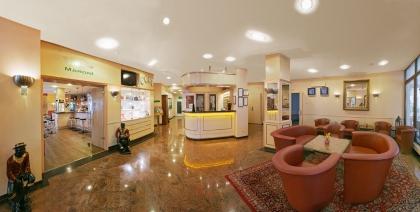 Hotel Kastanienhof Erding**** - Front-Office